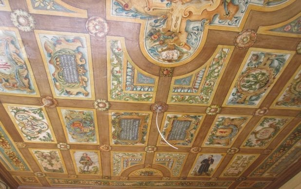 Patrick Geddes Centre, Riddle's Court (Royal Mile, Edinburgh) – Thomas Bonnar painted ceiling